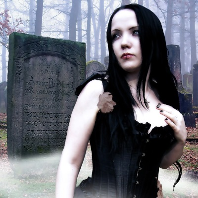 DIY gothic halloween costume