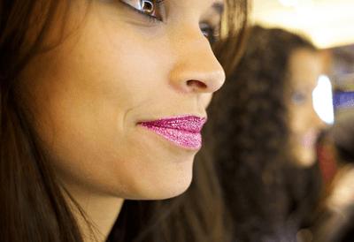 glitter lips makeup