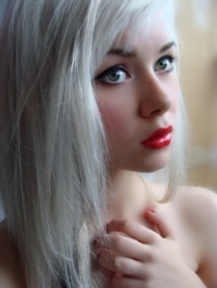 How To Get Your Hair White Blonde 63