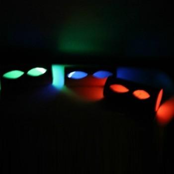halloween-glowing-eye-tubes