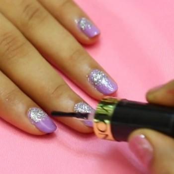 lilac-glitter-nail-art-7