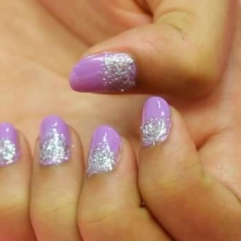 lilac-glitter-nail-art-8