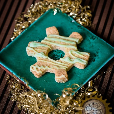 steampunk-tea-party-cog-cookies