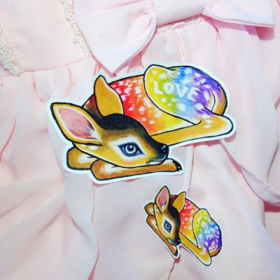 Lilly Piri rainbow love deer