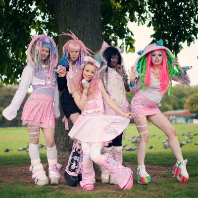 pastel goth clothing plastic and bows